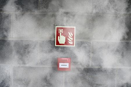 Normativa, interpretación e implantación de planes de emergencia y/o autoprotección