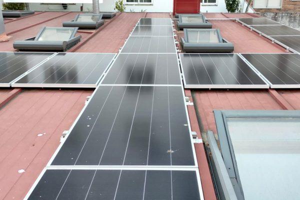 https://safeformacion.com/wp-content/uploads/2021/05/safe-formacion-paneles-fotovoltaicos.jpg